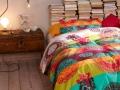 postelne-pradlo-desigual-rainbow