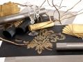 Čierne prestieranie s barokovým vzorom zlatým