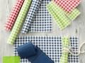 Šikovné prestierania , servítky domov aj na párty ... drobné koocky v rôznych farbách