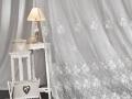 Vyšívaná záclona