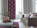 Klasická kombinácia sivej a fialovej