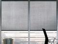 Látková roleta sivá do moderných interierov